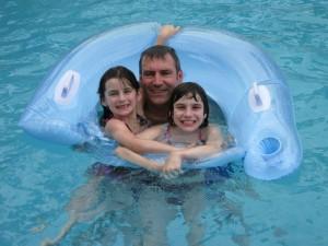 BB & KK & DADA in Pool