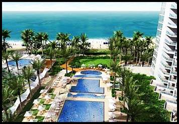 Hotel-Pool-Area